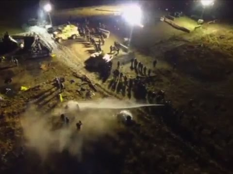 Police Clash With Standing Rock Protestors