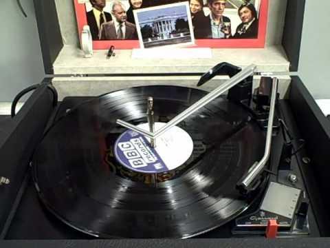 Who Pays The Ferryman - Theme Tune - 1977 BBC Series - 1968 Hacker GP42 Gondolier (Camera Audio)