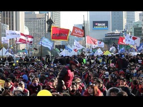 South Koreans Protest for Immediate Resignation of President Park