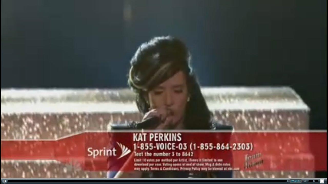 Nice ! Kat Perkins performs \