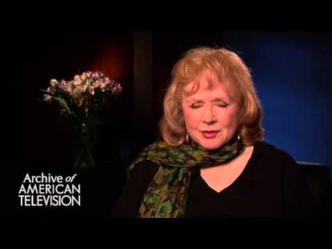 "Piper Laurie discusses ""Twin Peaks"" - EMMYTVLEGENDS.ORG"