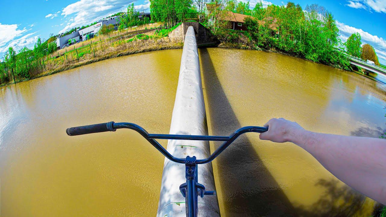 BMX SKINNY RIDE OVER MUD BATH