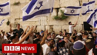 Fresh clashes in Israel ahead of Jewish nationalist march - BBC News There have been clashes between Palestinians and Israeli police outside the Al-Aqsa mosque in Jerusalem, ahead of a planned Jewish nationalist march., From YouTubeVideos
