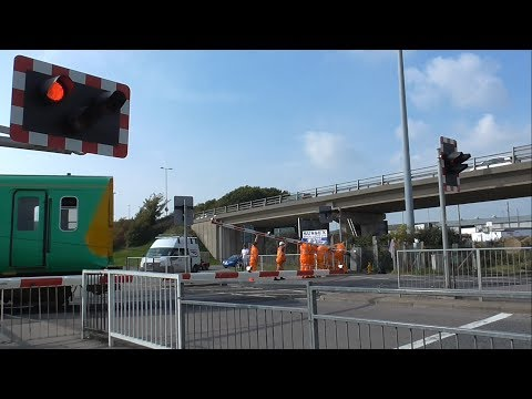 Newhaven Level Crossing Broken Barrier Repairs