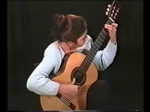 Irina Kulikova plays El Colibri by Julio Sagreras