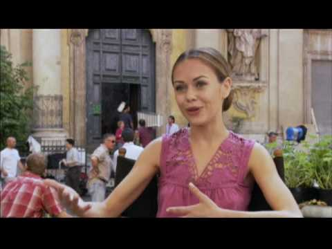 When in Rome Alexis Dziena - YouTube
