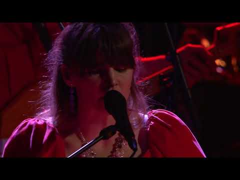 Kate Bush - RUNNING UP THAT HILL - Jennie Abrahamson & Gothenburg Symphony
