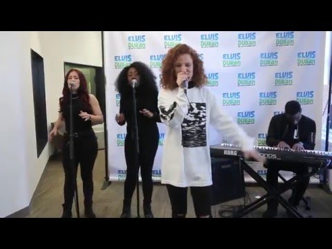 "Jess Glynne - ""Hold My Hand/Rather Be"" Medley 