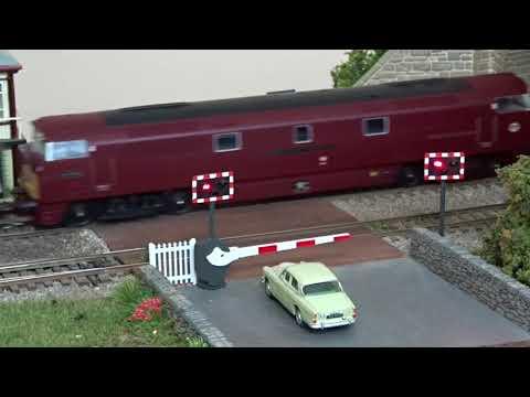 HM125: Train Tech level crossing lights