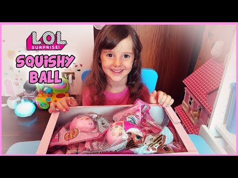 UNBOXING LOL Surprise SQUISHY BALL!!