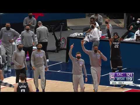 De'Aaron Fox And Russell Westbrook Trade Buckets Late In Kings-Wizards Game