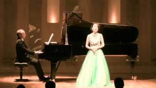 """Soprano ; FUKUDA Mikiko """"Nos souvenirs qui chantent"""" Poulenc & Bonn..."""