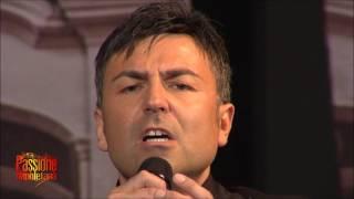 Download mandulinata a napule canta Carmine De Domenico MP3 song and Music Video