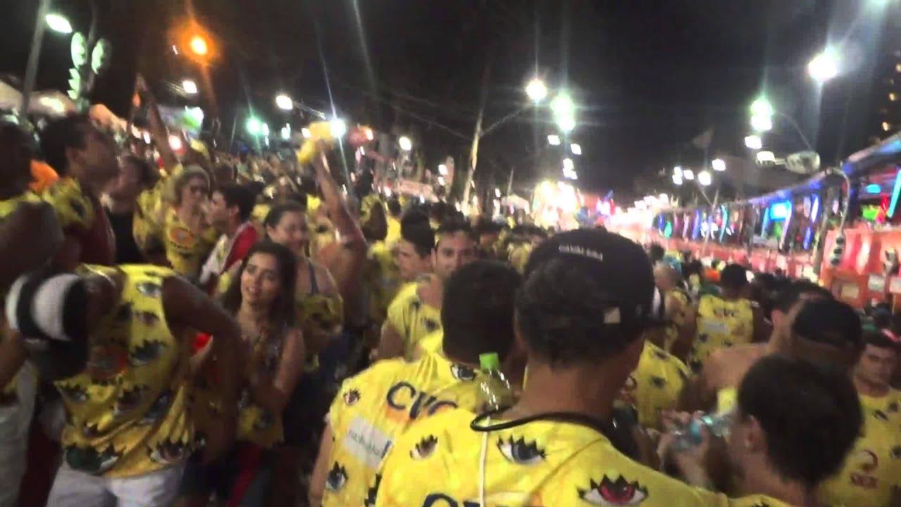 chiclete com banana ao vivo no carnaval 2013