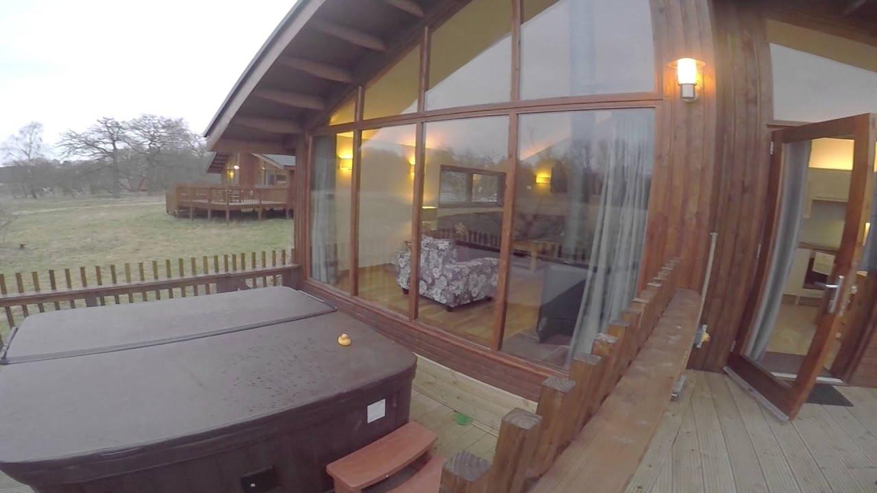 Luxury Two Bedroom Golden Oak Log Cabin Thorpe Forest
