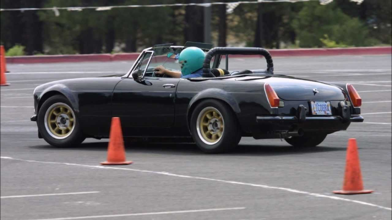 Racing My MGB at a AutoCross event - YouTube