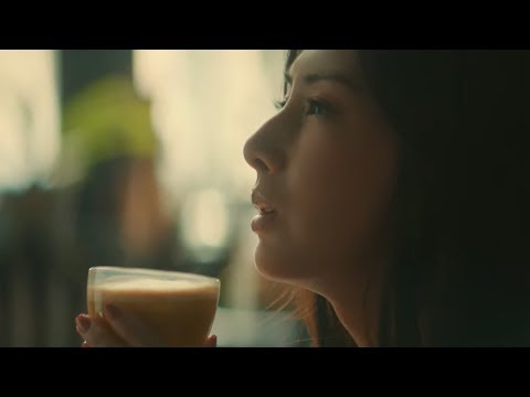 北川景子 カフェラトリー CM スチル画像。CM動画を再生できます。