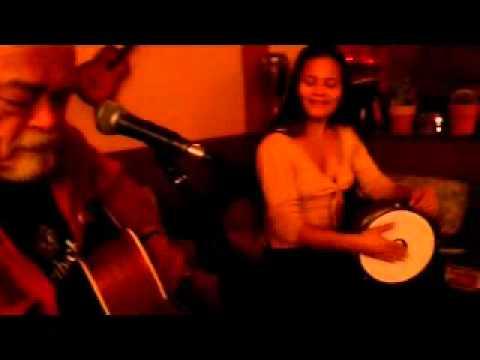 Video-1-Nick & Christine Live at Maison Creole MANNHEIM Original Music.wmv