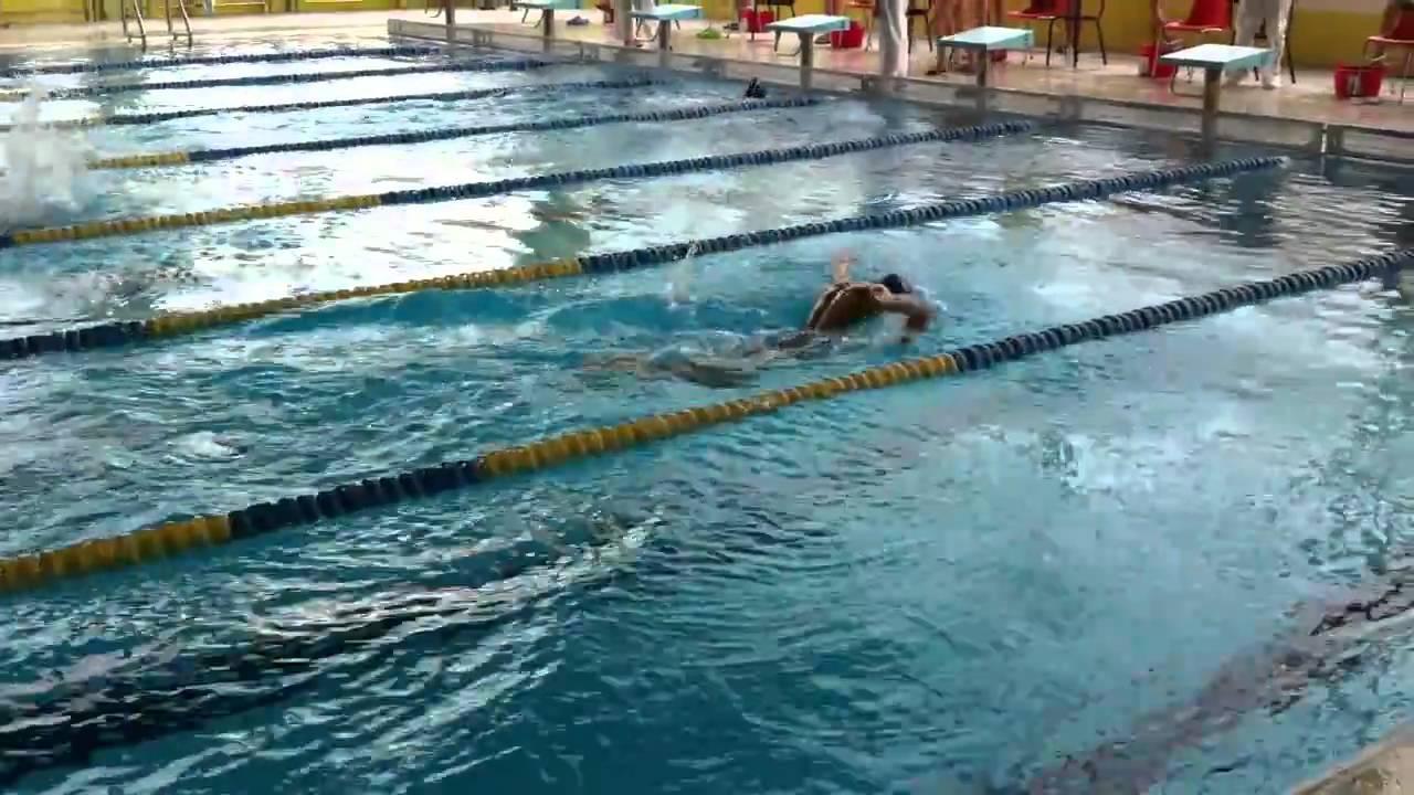 Jorge l pez 100 mariposa piscina el plant o burgos for Piscinas el plantio burgos