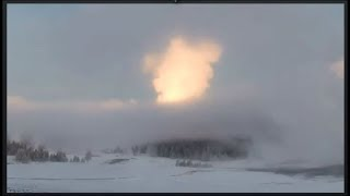 Geyser Pops Up Like Fire Ball@Yellowstone And Lights Up The Morning! Dec 14, 2018