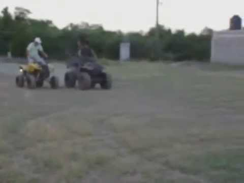Race Old Honda 4x4 vs Gay atv 2x4