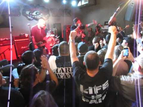 Agnostic Front: Addiction, I Can't Relate, Old New York (Nov. 14, 2015: San Antonio, Tx.)