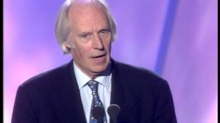 Fleetwood Mac win Outstanding Contribution presented by Sir George Martin | BRIT Awards 1998
