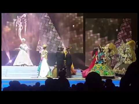 Miss Lucena City (Shaina Louise Kim) FALLS DOWN during Miss Philippines Earth 2017 Cultural Costumes
