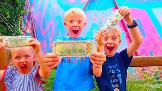 $100 Shopping Challenge! What Will They Buy At Disney Land!