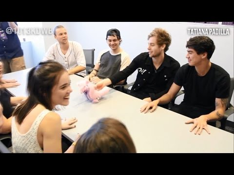 5 Seconds Of Summer vs their fans- who knows 5SOS better (sub español)