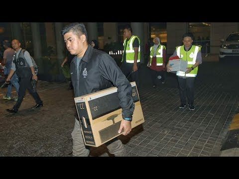 No documents seized, just handbags, clothes, gifts, says Najib's lawyer