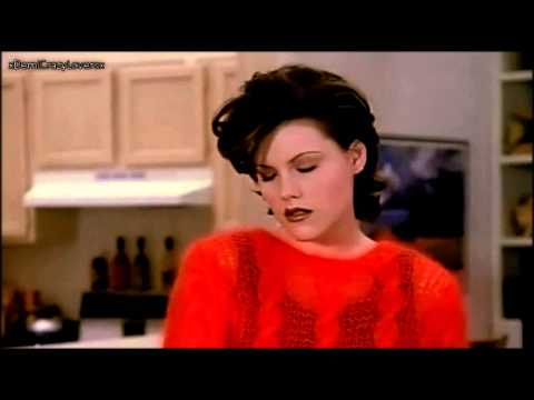 Kathleen Robertson as Clare in Beverly Hills 90210! Season 5