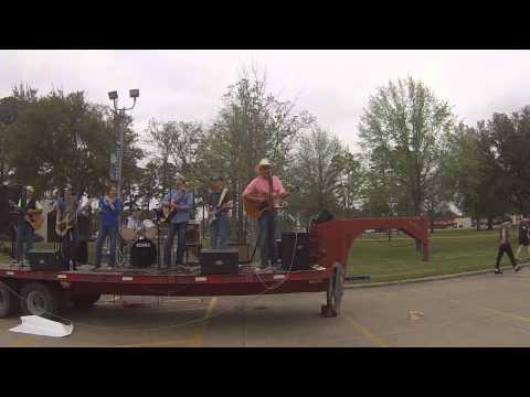 Wrecked - Turnpike Troubadours