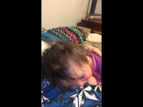 Innocent Lesbian DistractionKaynak: YouTube · Süre: 1 dakika43 saniye