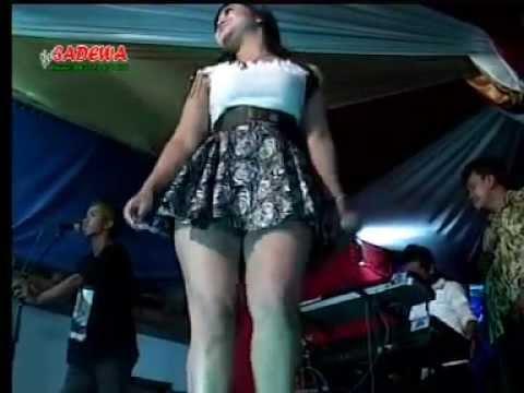Dangdut Koplo New Sadewa Sayidan Hot rok mini