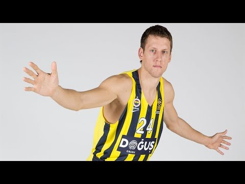 Endesa Dunk of the Final Four: Jan Vesely, Fenerbahce Dogus Istanbul