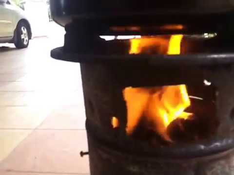 Biomass/Wood gasifier cooking lunch