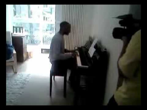 Stephen Wiltshire sings 'Stand by me'