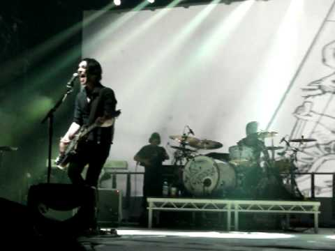 Placebo - Devil in the details (live)