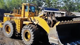 Caterpillar 992D Loading Clay