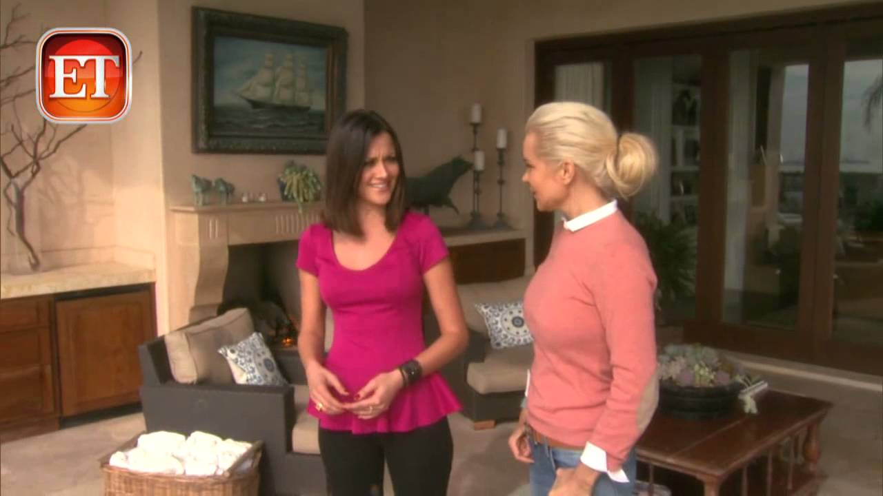 Yolanda foster home tour youtube for Home video tours