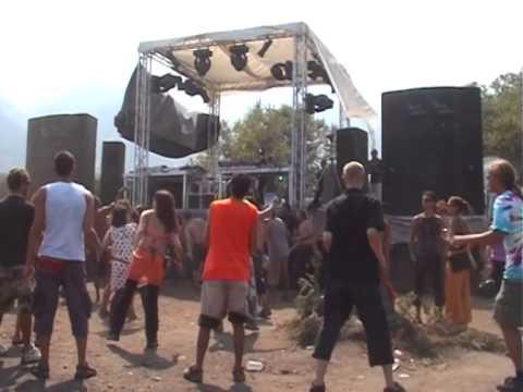 Samothraki Dance Festival Tim Healy (2002) by botanos