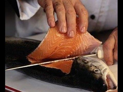 Как легко разделать рыбу  Хозяйке на заметку