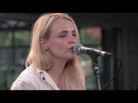 Robyn Hitchcock and Emma Swift - Love Is A Drag (Live on KEXP) Mp3