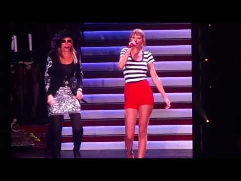 You're So Vain - Taylor Swift & Carly Simon - Gillette Stadium