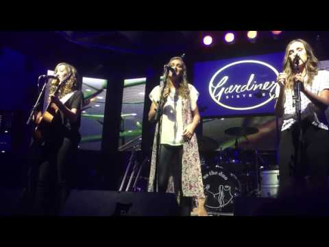 Gardiner Sisters- Better Just Love Tour 8816