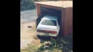 Неудачный заезд в гараж