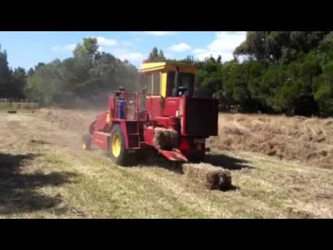 New Holland Self Propelled Small Square Baler