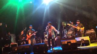 Abdul & The Coffee Theory - Happy Ending Live at Jakjazz Festival 2013 I 181013