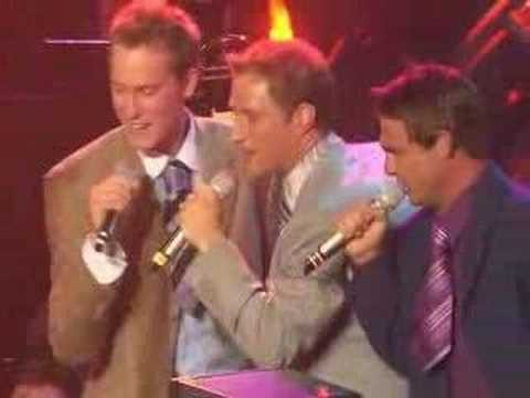 Ernie Haase & Signature Sound - Happy Rhythm